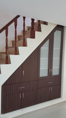 RT Furniture & Renovation - Staircase Cabinet 005