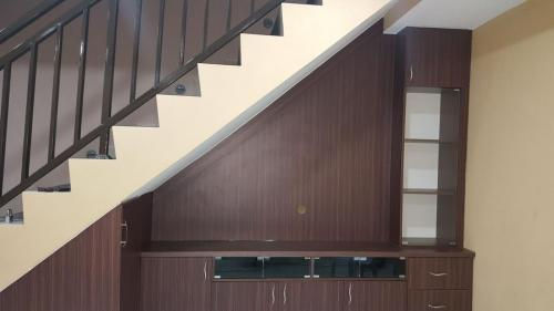 RT Furniture & Renovation - Staircase Cabinet 004