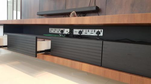 RT Furniture & Renovation - Tv Cabinet 005