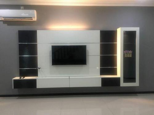 RT Furniture & Renovation - Tv Cabinet 029