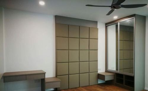 RT Furniture & Renovation - Bed Design 027