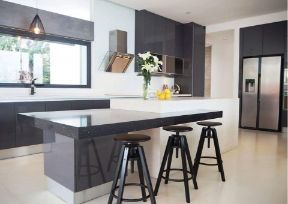 RT Furniture & Renovation - Kitchen Cabinet 026