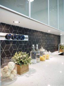 RT Furniture & Renovation - Kitchen Cabinet 019