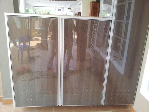 RT Furniture & Renovation - Shoe Rack 001