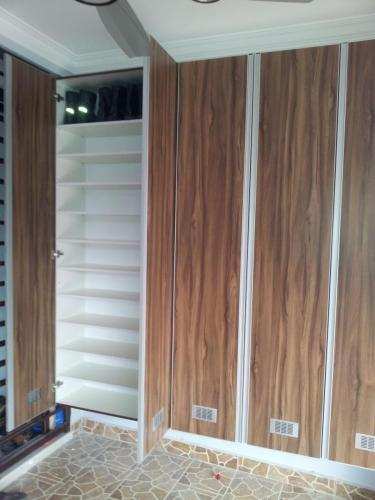 RT Furniture & Renovation - Shoe Rack 004