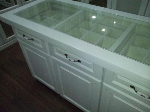 RT Furniture & Renovation - Wardrobe 013