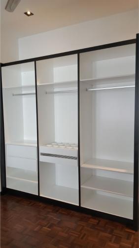 RT Furniture & Renovation - Wardrobe 010