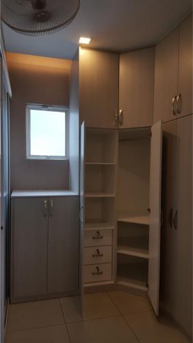 RT Furniture & Renovation - Wardrobe 009