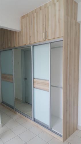 RT Furniture & Renovation - Wardrobe 008