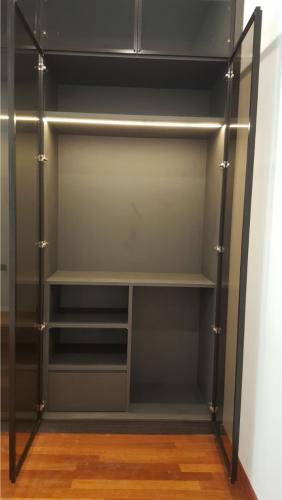RT Furniture & Renovation - Wardrobe 006