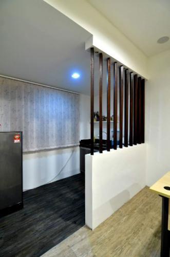 RT Furniture & Renovation - Wood Divider 024